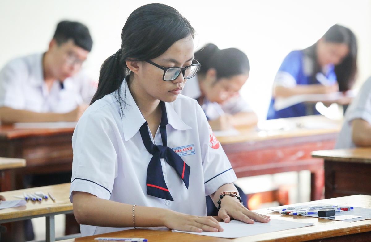 Chọn thi bài khoa học xã hội sẽ dễ đậu tốt nghiệp ?