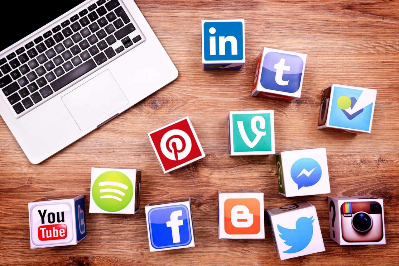 Truyền thông mạng xã hội và những thuật ngữ tiếng Anh quan trọng