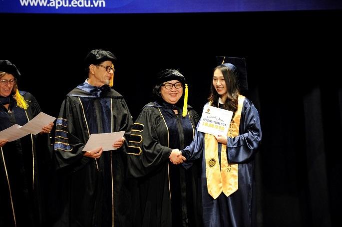 Trường Quốc tế APU trao 5 triệu USD học bổng cho học sinh tốt nghiệp khóa 2020