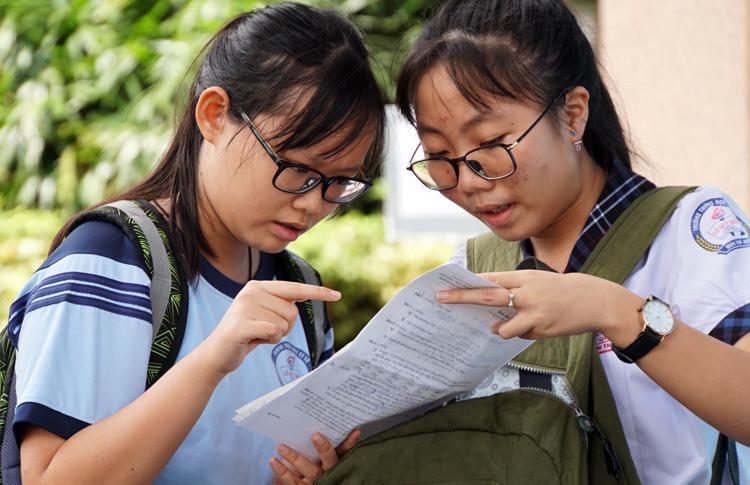 Dự kiến gần 16.000 học sinh sẽ không trúng tuyển vào lớp 10 công lập TP.HCM