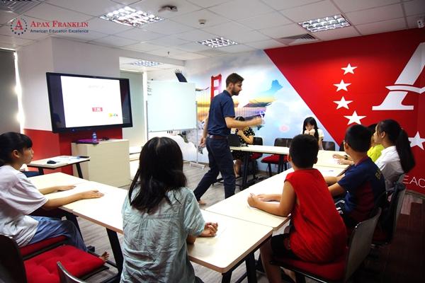 Xu hướng mới học tiếng Anh học thuật chuẩn Mỹ dành cho teen Việt